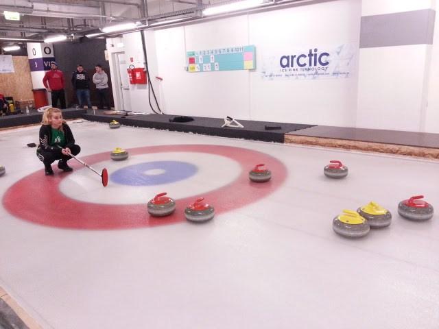 arctic_curling_tereni2